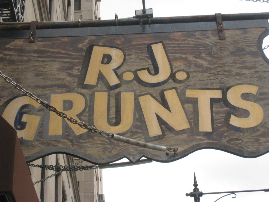 RJ Grunts in Lincoln Park, Chicago, IL